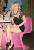 Hilary Duff Hillary promoting Ice Breakers Foto 59 (������ ���� ������� ���������� Ice Breakers ���� 59)